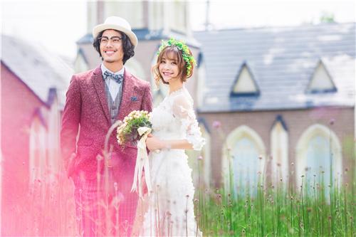 拍摄婚纱照礼服选择大揭秘 新娘新郎如何