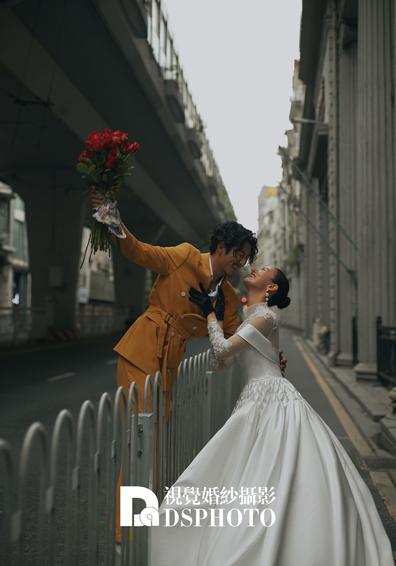 《浪漫街头》系列婚纱照
